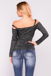 Dramatic Drape Top - Black