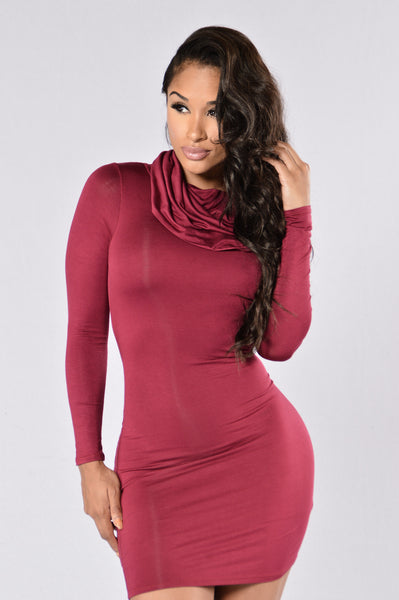 Fall In Love Dress - Burgundy