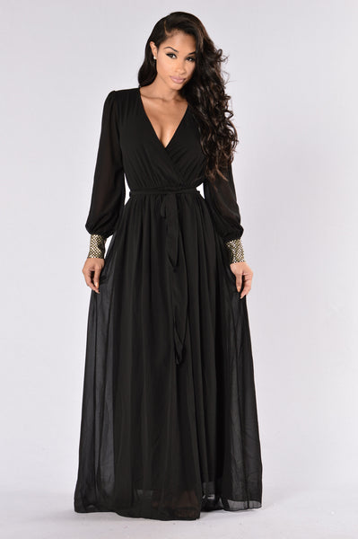 To The Max Dress- Black