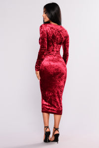 Crush On You Velvet Dress - Burgundy