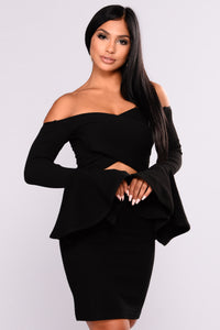 Belle Surplice Belle Sleeve Top - Black