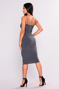 Square Me In Midi Dress - Charcoal
