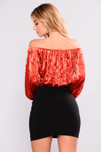 Amber Off Shoulder Top - Rust