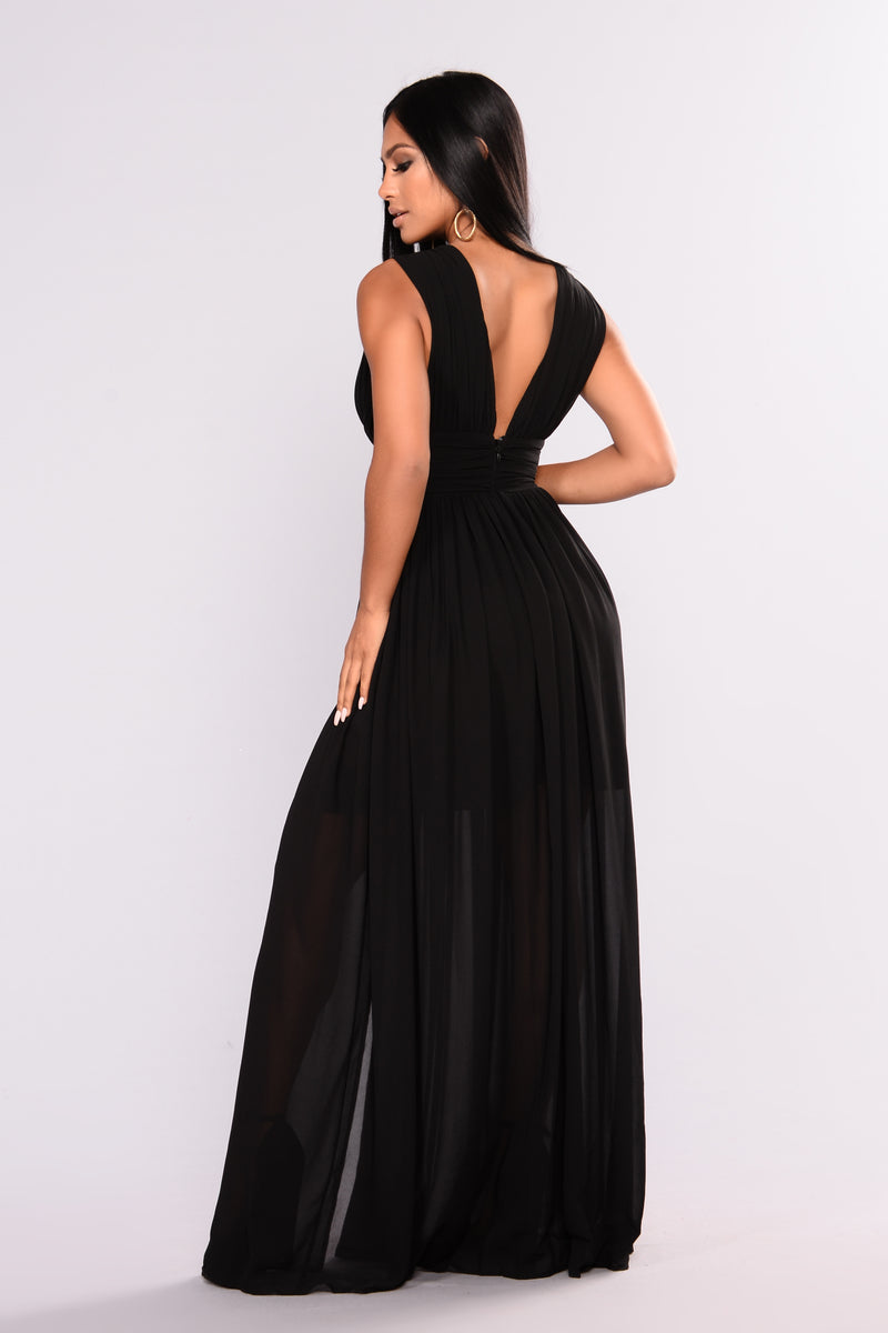 Jubilation Slit Dress - Black