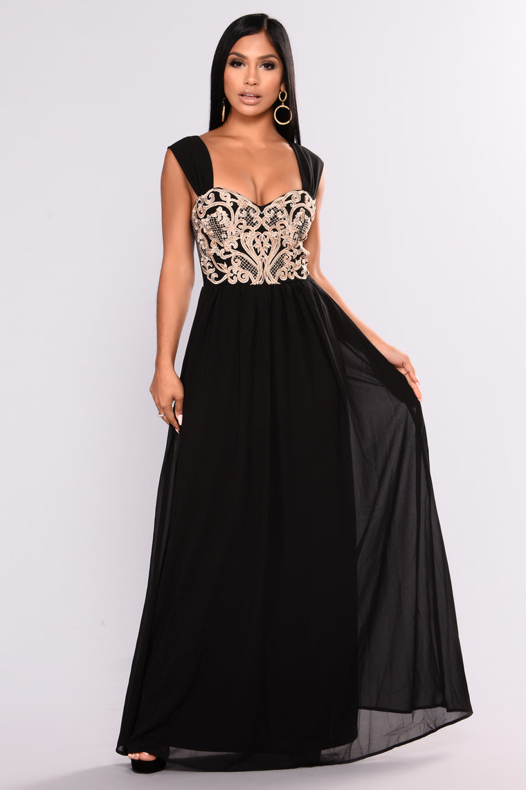 Soiree Embroidered Dress - BLack