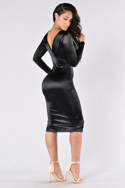 Hopelessly Devoted Dress - Black