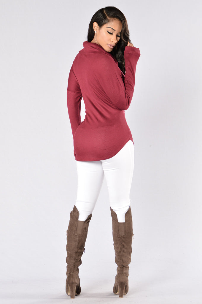 Hide and Seek Sweater - Burgundy