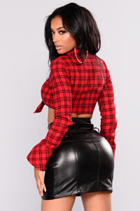 Cabin Fever Plaid Top - Red/Black