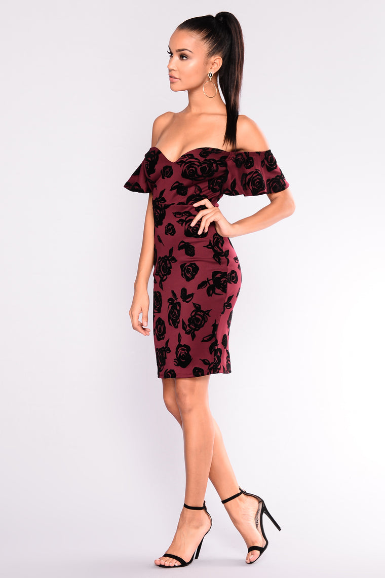 Throwing Petals Floral Dress - Wine