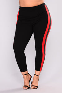 Casually Slay Striped Leggings - Black/Red