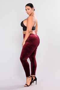 Look But Don't Touch Leggings - Burgundy