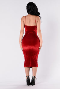 Rich Like Velvet Dress - Red