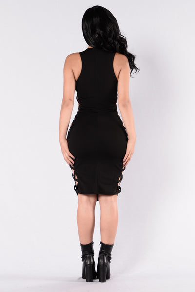 Side Thang Dress - Black
