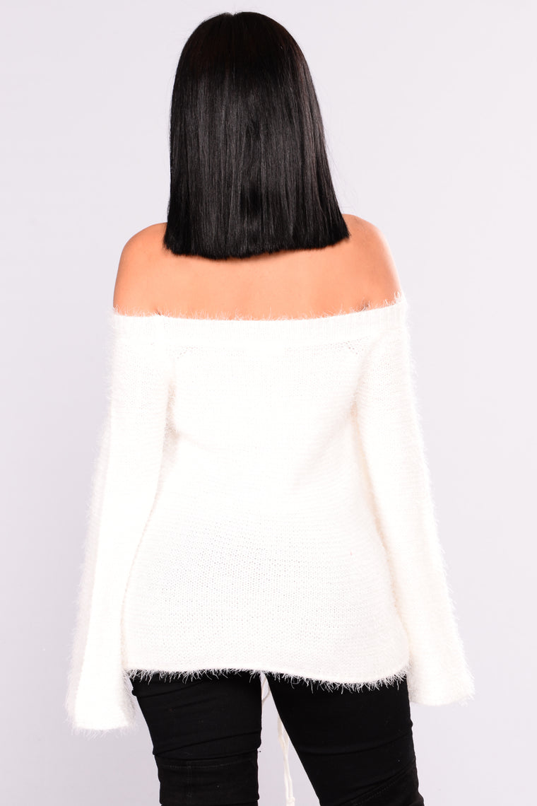 Moonshine Off Shoulder Sweater - Ivory
