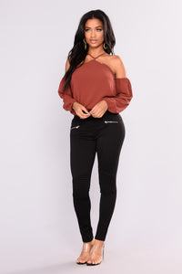 Now And Forever Cold Shoulder Top - Rust Angle 4