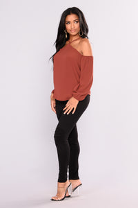 Now And Forever Cold Shoulder Top - Rust Angle 5