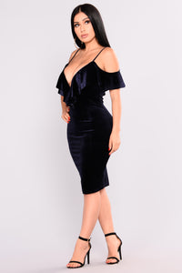 Sweep You Off Your Feet Velvet Dress - Navy