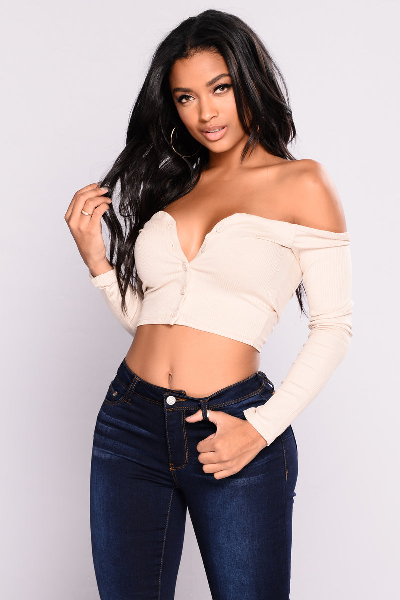 Talk That Talk Off Shoulder Top - Nude