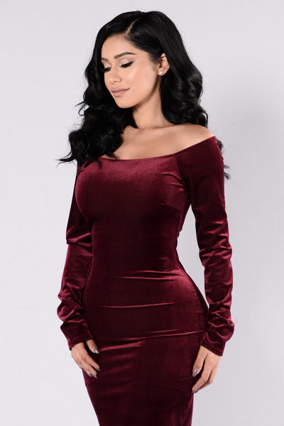 Huntress Dress - Wine