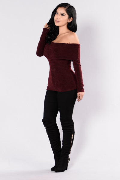 Stole The Show Top - Burgundy
