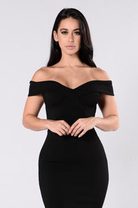 Speak Your Heart Dress - Black Angle 4