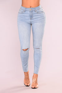 Cut To The Chase Crop Jeans - Light Blue Wash Angle 2