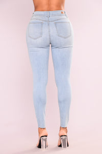Cut To The Chase Crop Jeans - Light Blue Wash Angle 3