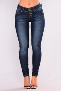 Straight To The Top Booty Lifting Jeans - Dark Denim