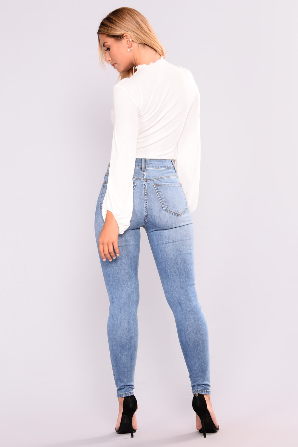 Nixie Pearl Skinny Jeans - Light Blue Wash