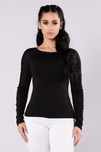 Surprise Me Top - Black
