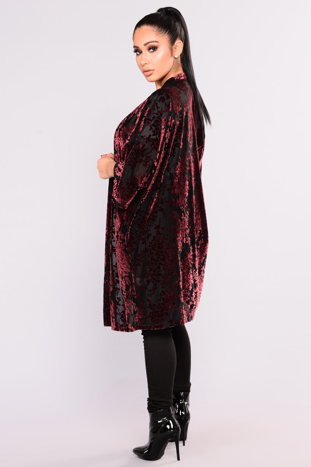 Leora Burnout Velvet Cardigan - Burgundy