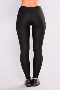 Lyana Booty Lifiting Ponte Leggings - Black