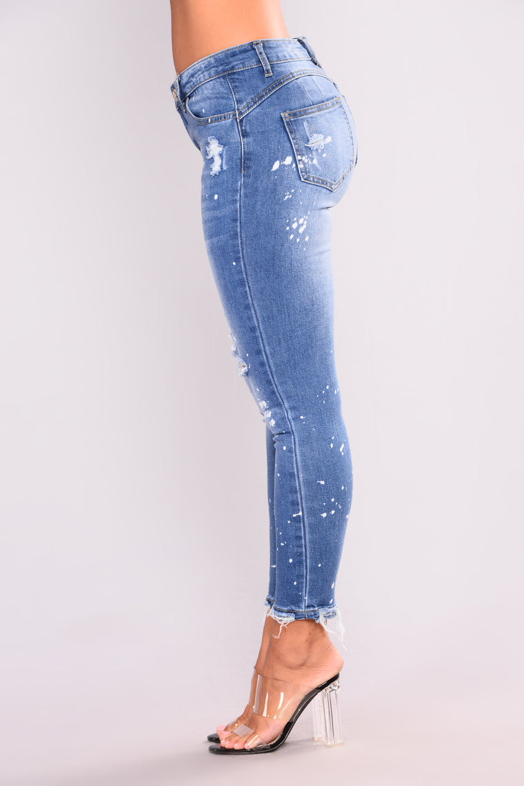 Tryna Get To You Booty Lifting Jeans - Medium Blue