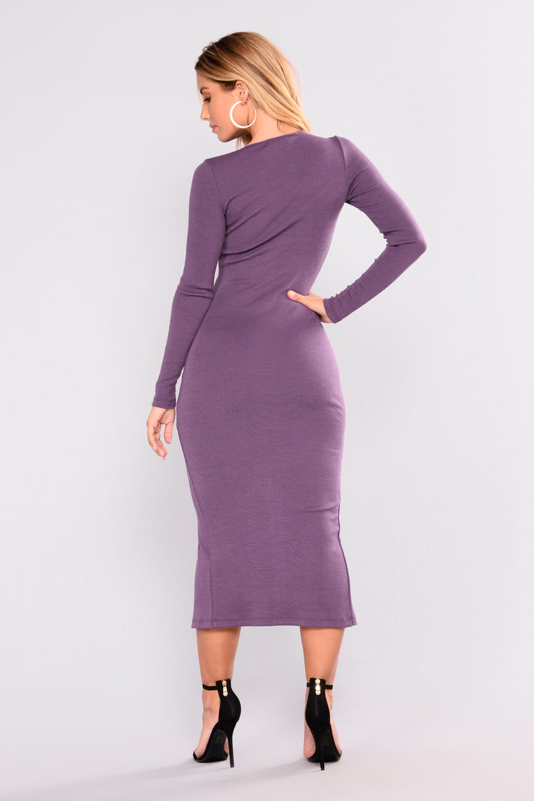 Snap And Go Midi Dress - Plum