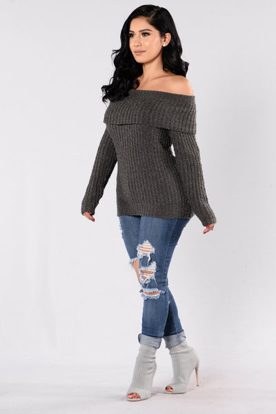 The Blizzard Sweater - Charcoal