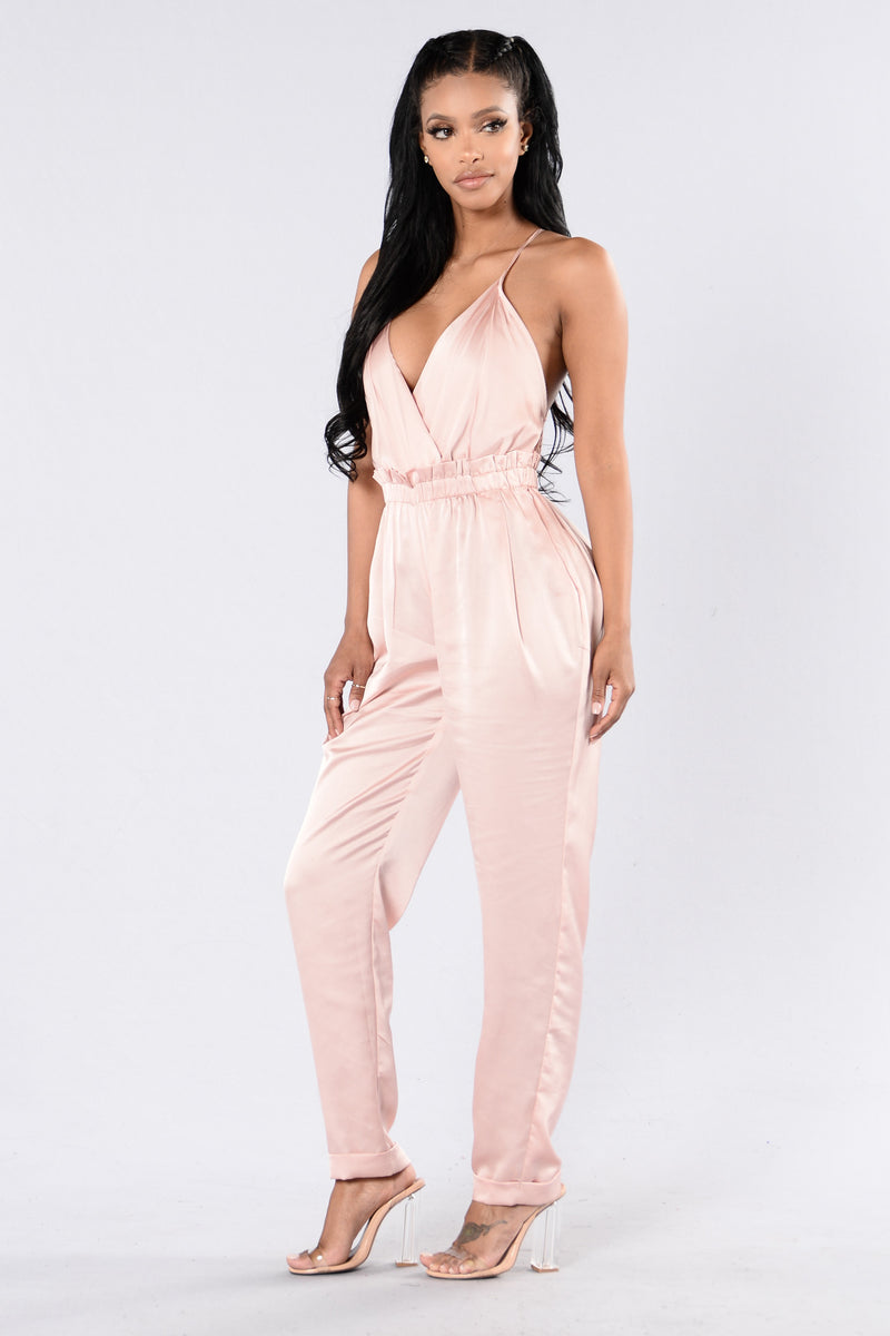 Think I'm In Love Jumpsuit - Mauve