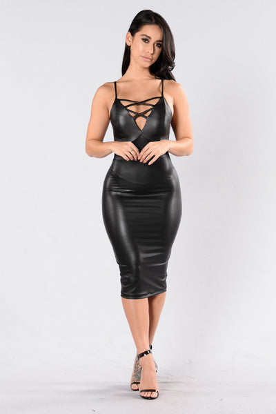 Insomnia Queen Dress - Black
