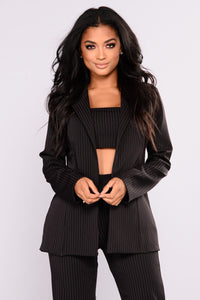 Miss Bossy 3 Piece Set - Black Multi