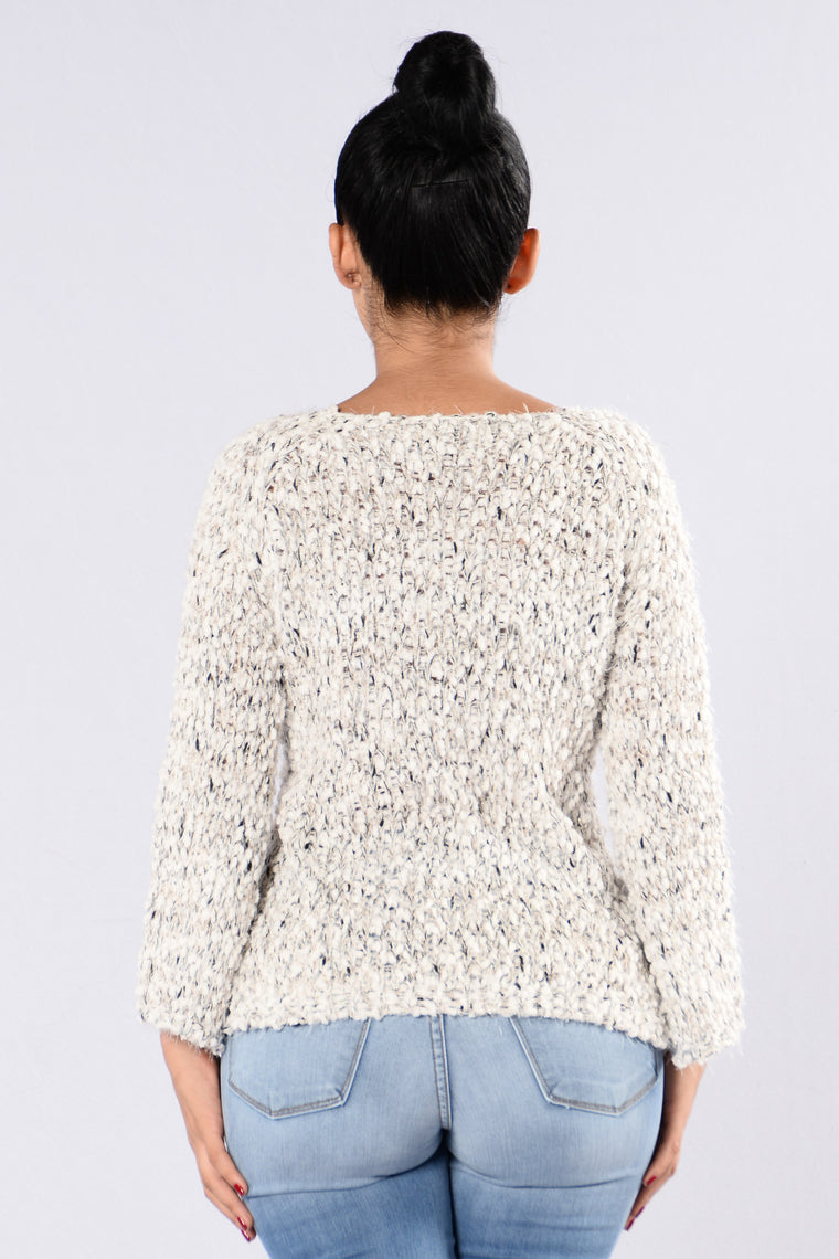 Fox In The Snow Sweater - Ivory