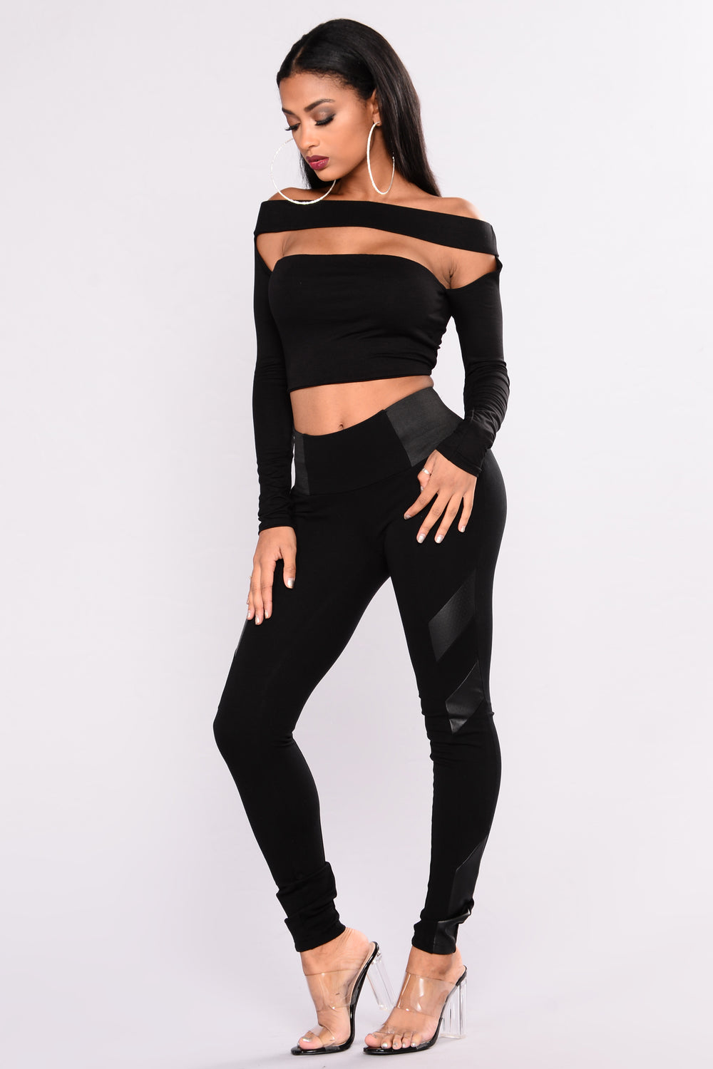 Gotta Love Me Crop Top - Black