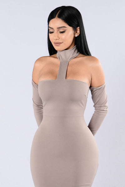 Talk That Talk Dress - Mocha