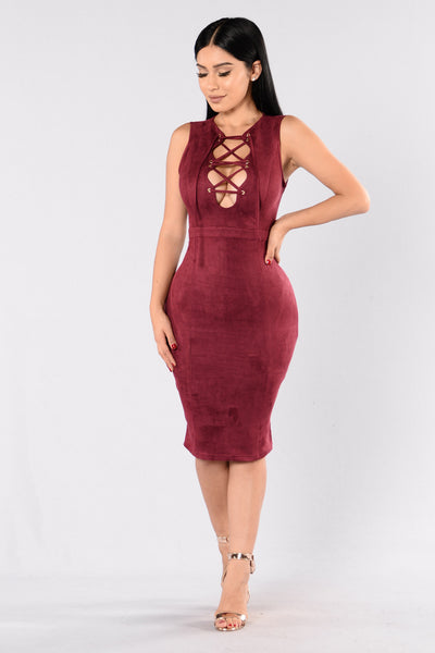 Amplify Dress - Burgundy