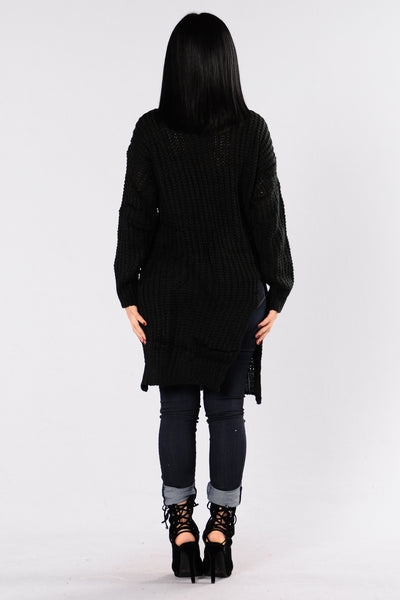 Causing A Commotion Sweater - Black