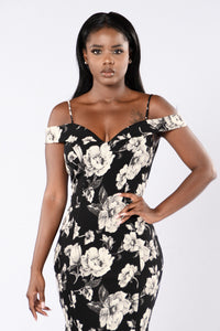 Uniquely Yours Dress - Black Angle 2