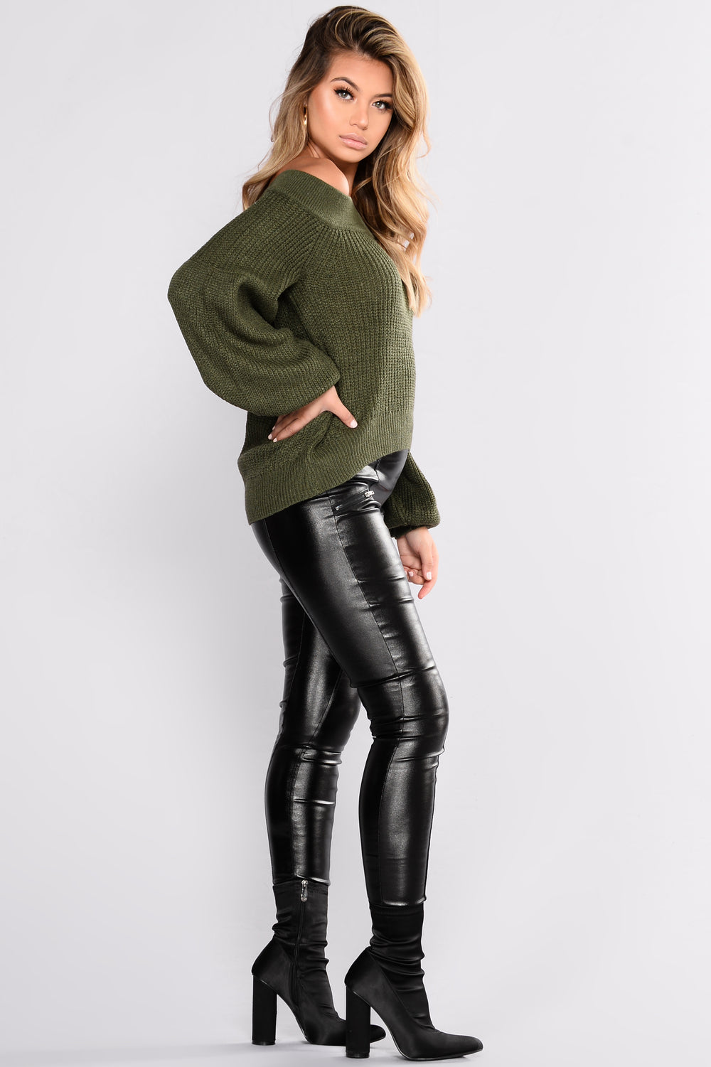 Brittany Off Shoulder Sweater - Olive
