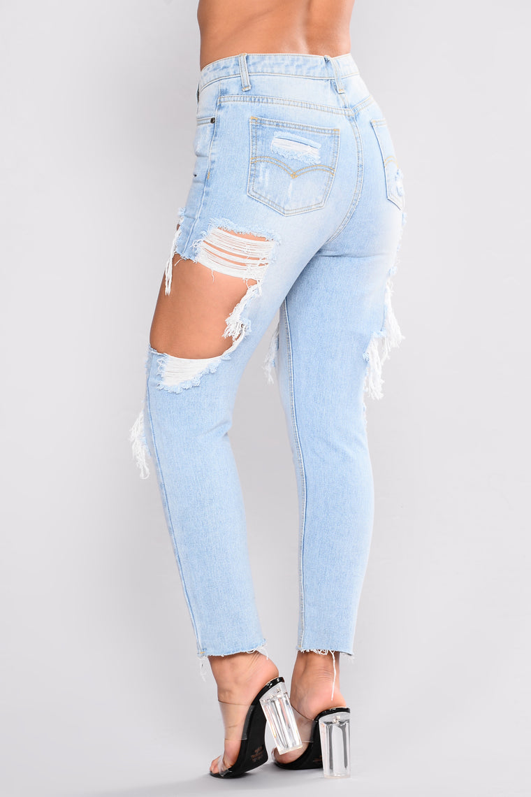 Willow Boyfriend Jeans - Light Denim