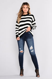 Rumor Has It Sweater - Black/White
