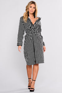 Great Performance Stripe Shirt Dress - Ivory/Black Angle 1