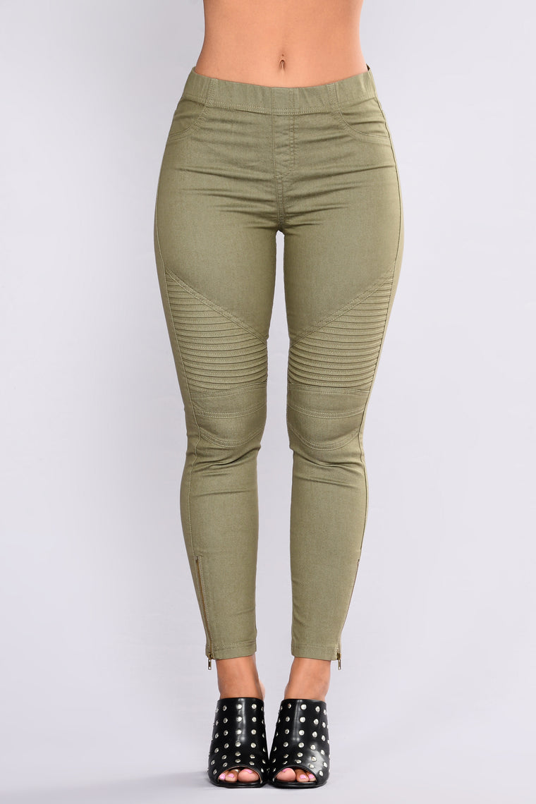 Classic Motto Twill Pants - Olive