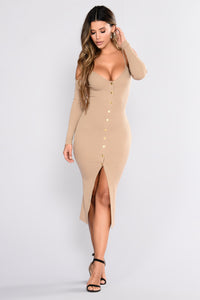 Hallee Snap Button Dress - Nude